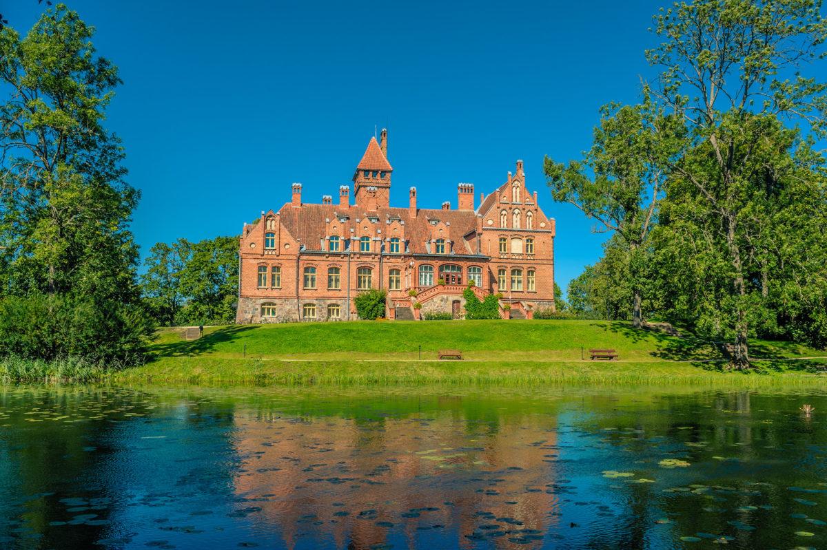 Путешествуем по Латвии: пять замков, в которых стоит побывать