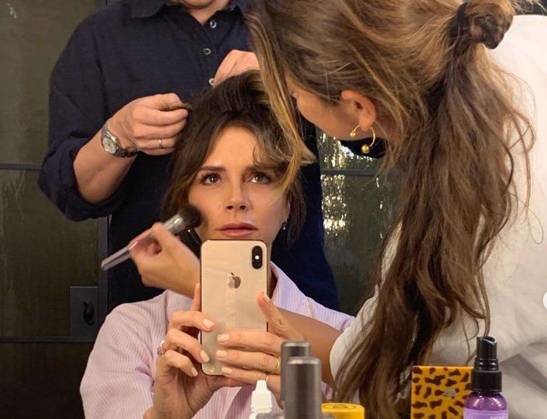 Дождались: Виктория Бекхэм запустила косметический бренд