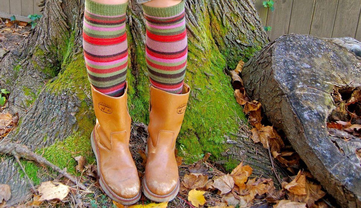 Советы стилиста: Клетка, кожа и ковбойские сапоги – что надевать осенью
