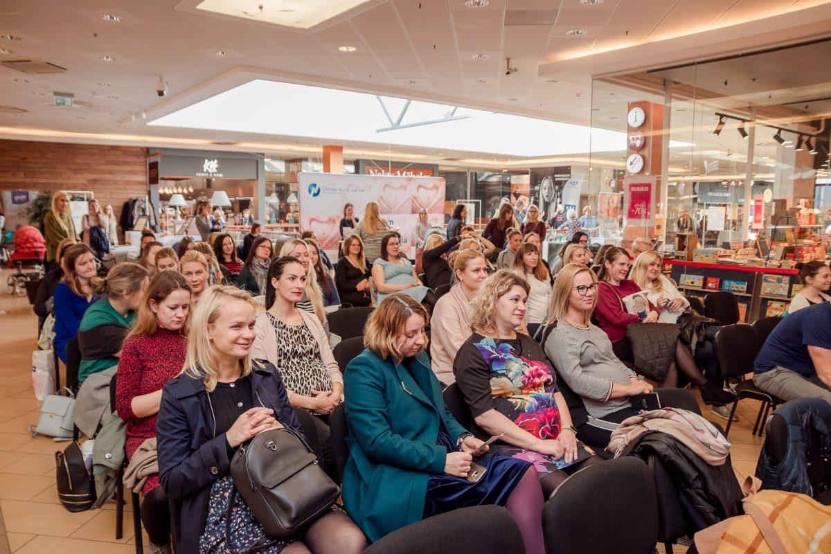 Программа Конгресса мам Латвии:  бесплатные консультации и лекции