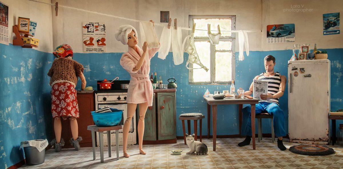 Если бы Барби и Кен жили в обычной советской коммуналке