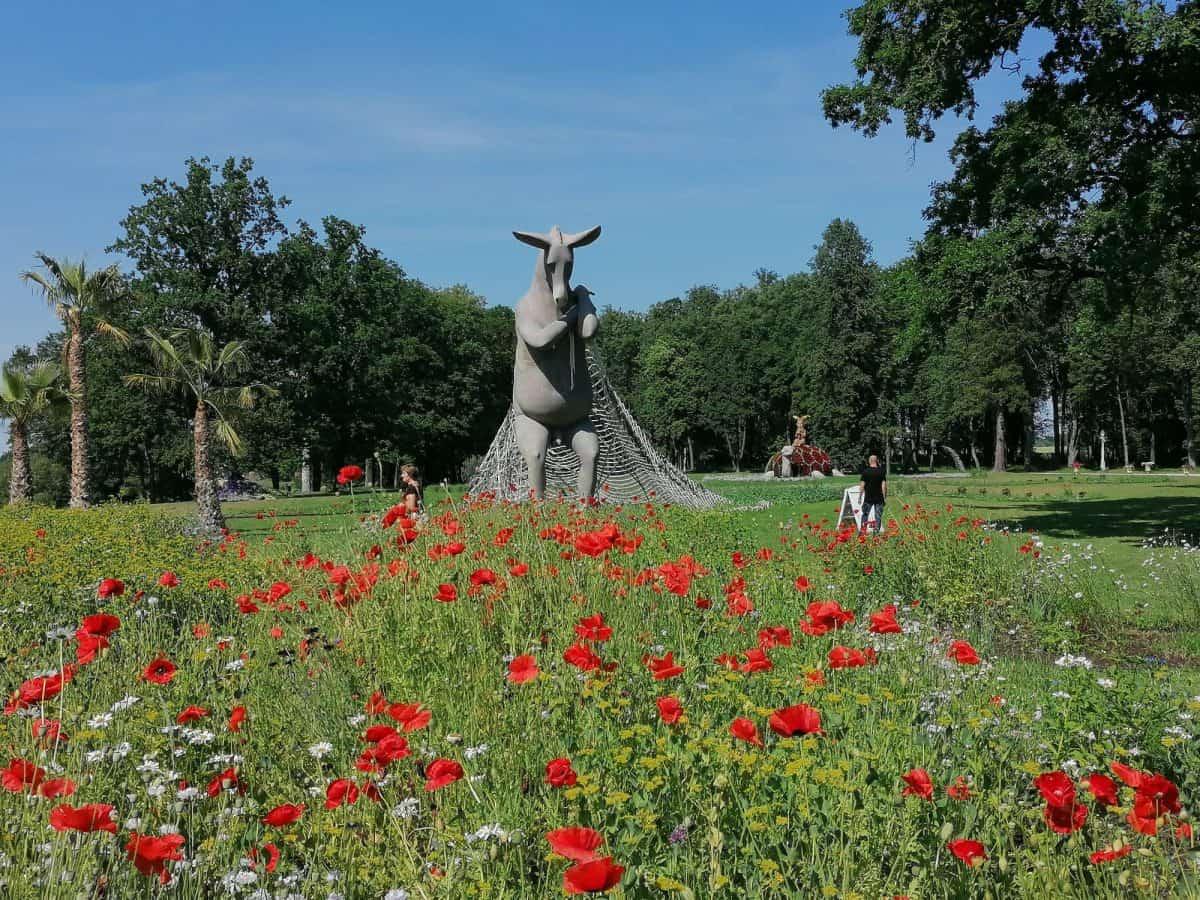 Маршрут на выходные: cказка цветов в литовской усадьбе