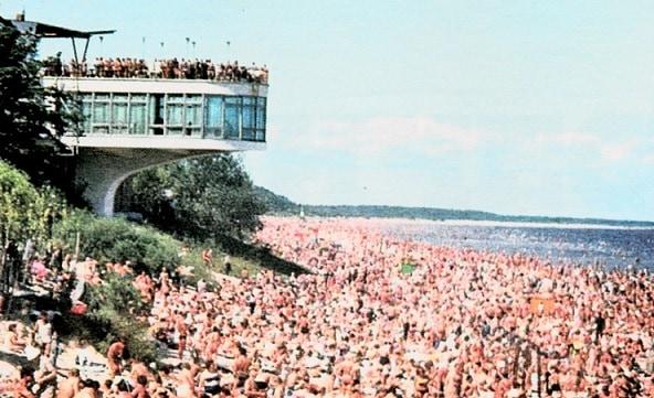 Как отдыхали, и что из себя представлял главный курорт времен СССР- латвийская Юрмала (22 фото)