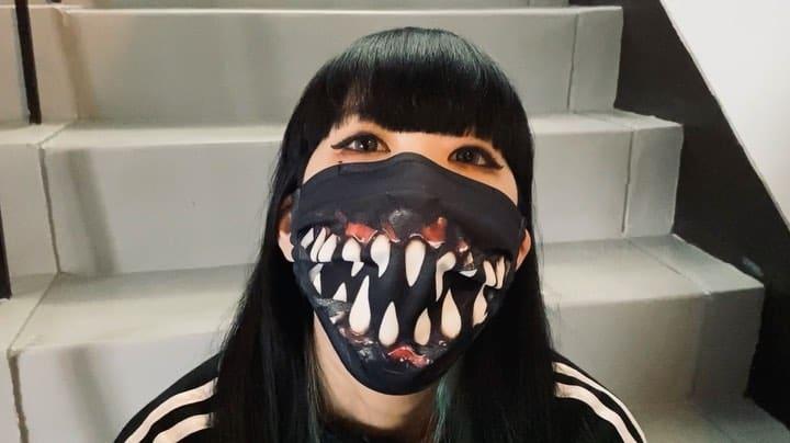 Думаете, вас уже не удивить коронавирусными масками? Японский дизайнер постарался!