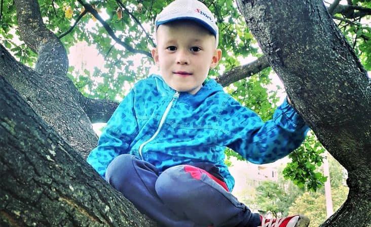«Зеленая лампа»: помощь 4-летнему Родиону Солнышкину