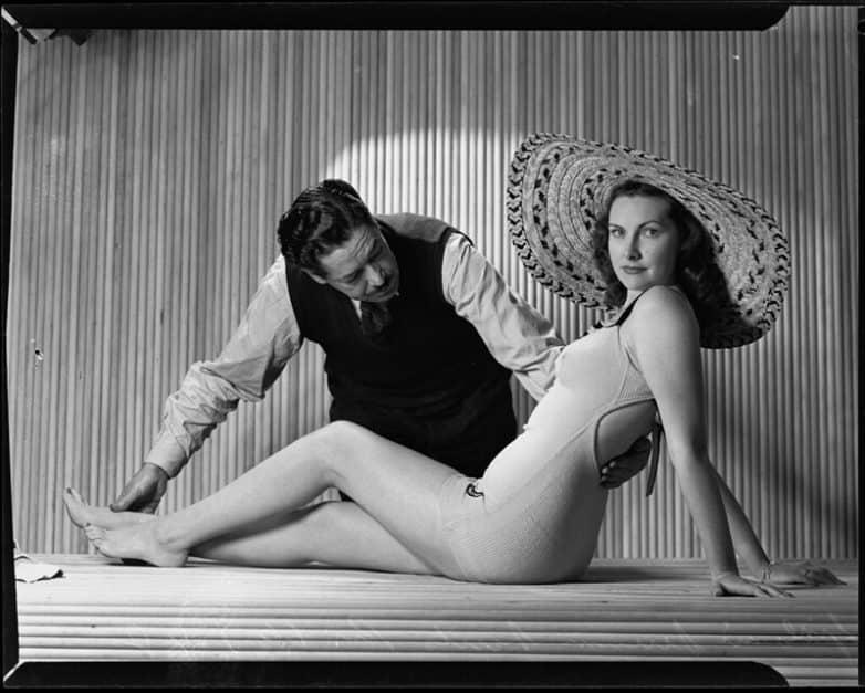 Первая бензоколонка в СССР, Мисс Сентябрь 1956 г и бесподобная Кристи Тарлингтон в подборке редких исторических фотографий