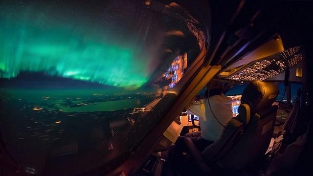 Поразительные виды глазами пилотов Boeing 747 (10 фото)