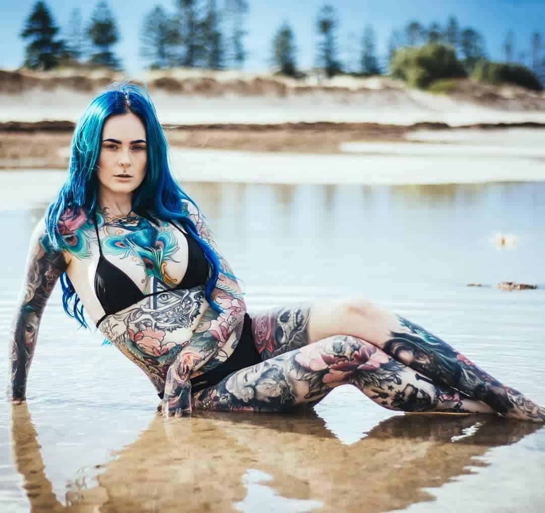 Сара Грей из Австралии – самый татуированный врач в мире (20 фото)