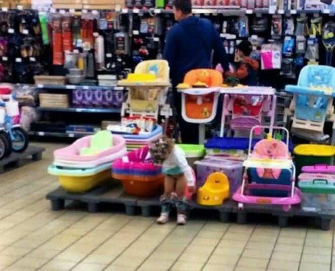 В магазинах этих деток не очень любят (22 фото)