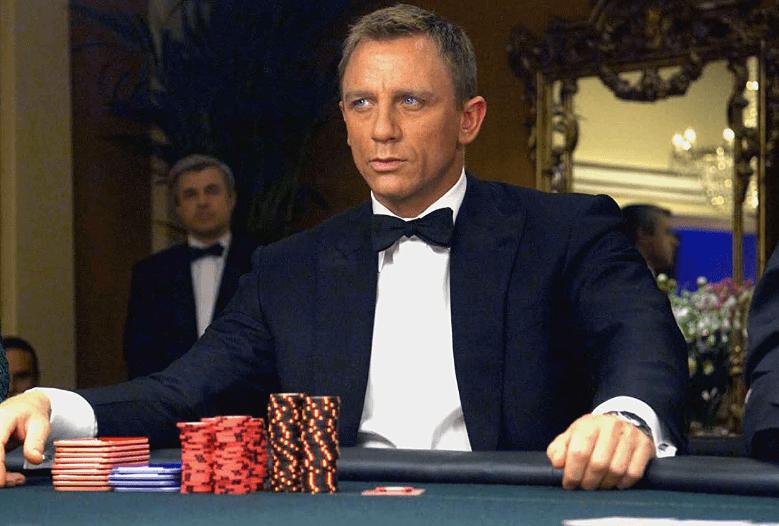 Кто играл в казино рояле игровые автоматы на реальные деньги вулкан без вложений