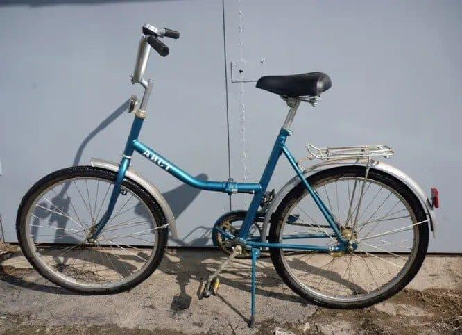 """Легендарный """"Аист"""" и еще 16 велосипедов, на которых все мы когда-то катались. Найди свой:)"""