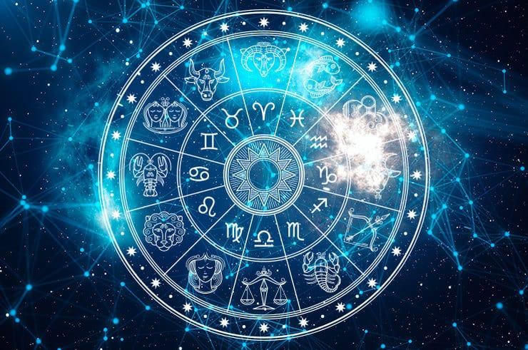 Гороскоп на пятницу 8 января для каждого знака Зодиака