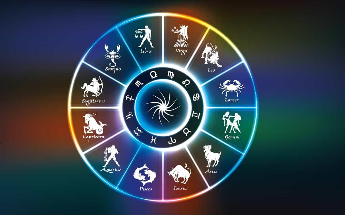 Гороскоп на воскресенье 10 января для каждого знака Зодиака