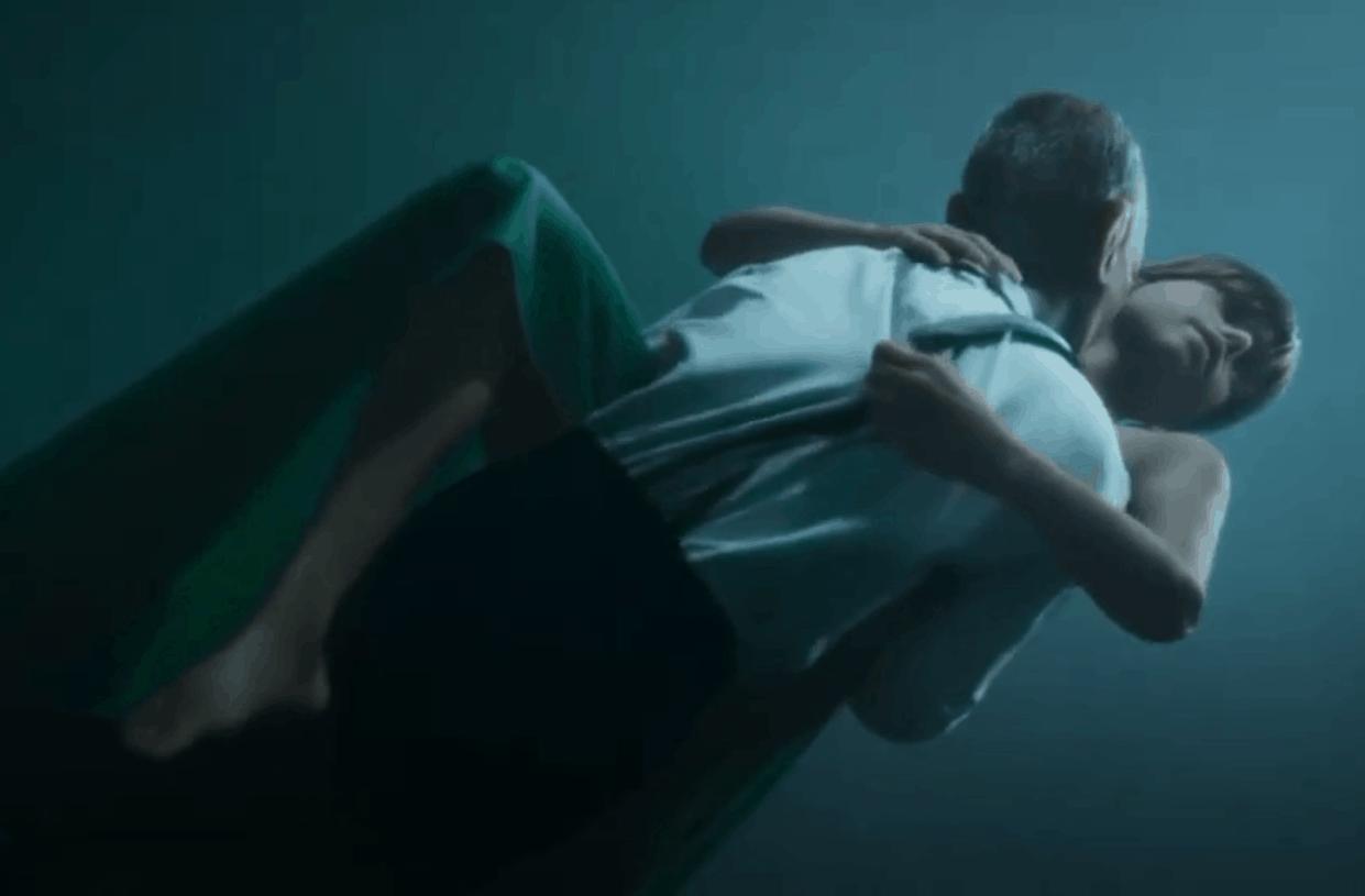 Земфира выпустила новую песню и клип - о персонаже мобильной игры