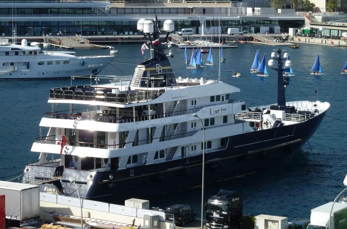 Берни Экклстоун купил яхту стоимостью в $93 млн, заплатив только 9 миллионов