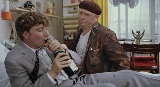 Алкоголики - это наш профиль! ТОП-12 фильмов про пьянство и его последствия
