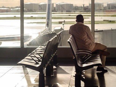 Туризм к теплым морям открывается, но он подорожал и говорит по-английски
