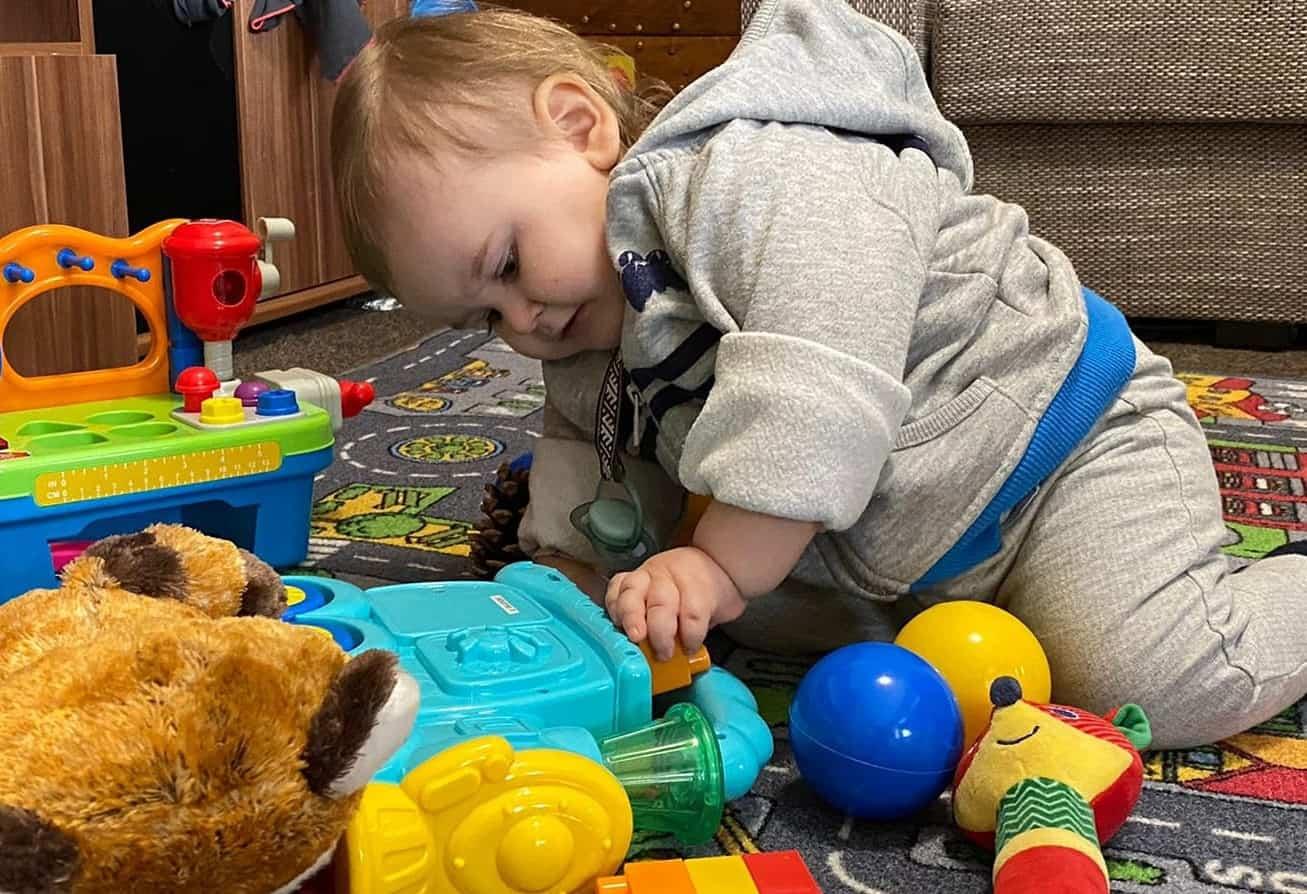 «Зеленая лампа»: Алексу всего 1 год и 8 месяцев. Нужна помощь на лечение
