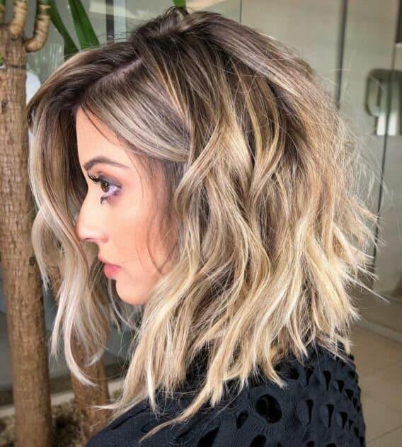 Лисий хвост и другие ультрамодные стрижки 2021 года для длинных светлых волос