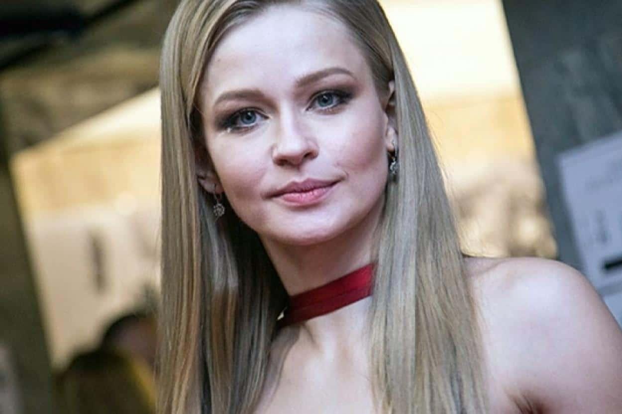 Юлия Пересильд стала одной из претенденток на главную роль в первом, съемки которого пройдут в космосе