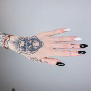 Любительницам минимализма посвящается: 17 отличных идей для тату на пальцах