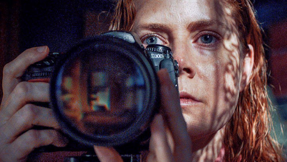 """""""Женщина в окне"""" и еще 10 фильмов о людях, увидевших лишнее"""