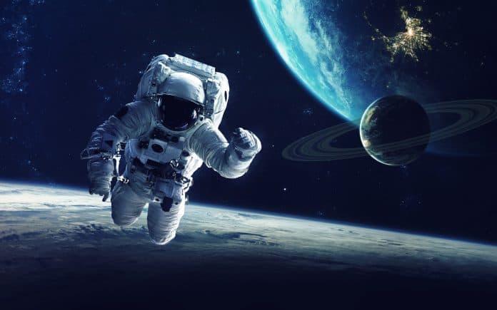 Прогноз специалистов на 2030 год: отели на луне и выращивание новых человеческих органов