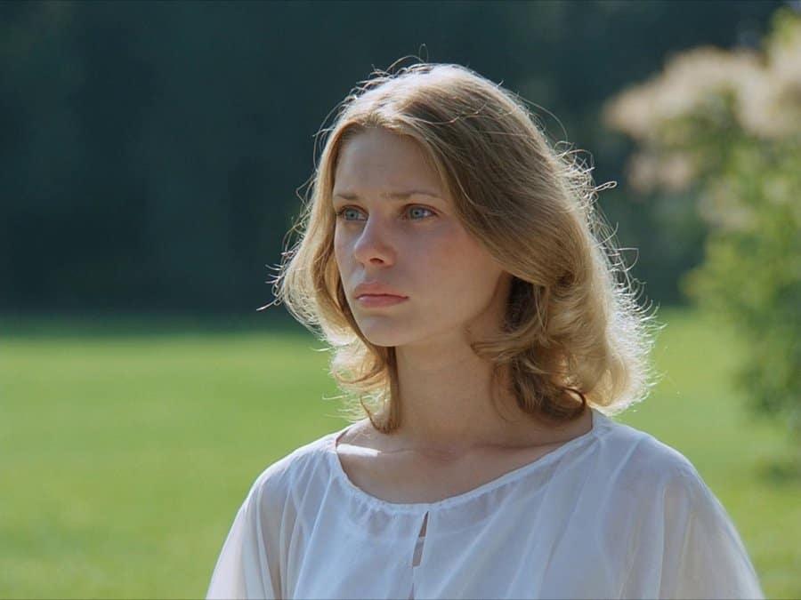 """Неудачная пластическая операция: звезда """"Гардемаринов"""" рассказала правду о своем преображении"""