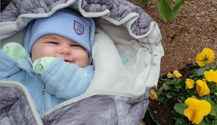 Малышу из Саласпилса нужна помощь на операцию, чтобы сохранить глаза