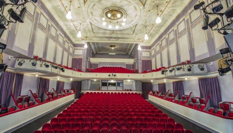 Театральный продюсер рекомендует топ-7 театральных событий, которые вы можете успеть посмотреть