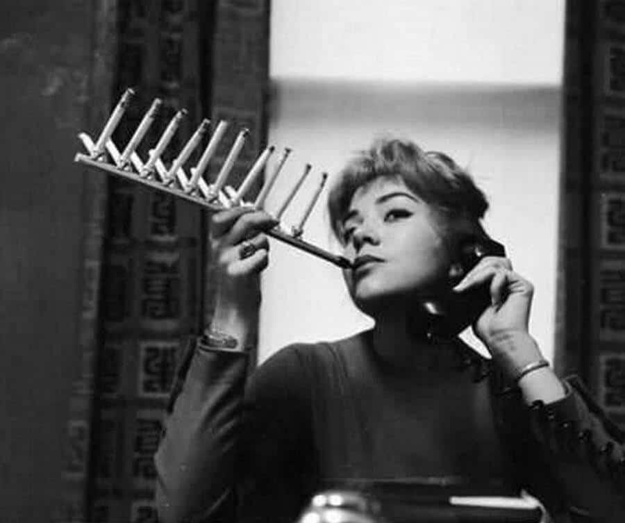 Устройство для курения пачки сигарет за раз и другие интересные архивные фотографии
