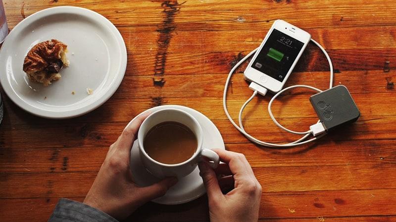 6 хитростей, которые нужно знать, когда нужно зарядить телефон за 5 минут