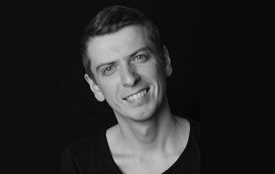 На 33-м году жизни умер актер Ростислав Гулбис