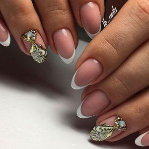 Маникюр френч на миндалевых ногтях: стильные идеи, интересная реализация и масса примеров