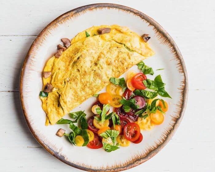 Сделай ему омлет: 7 ярких и аппетитных рецептов