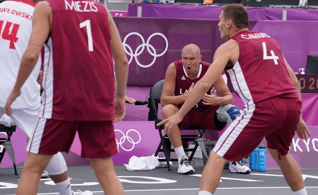 Сборная Латвии по баскетболу 3×3 победила в четвертьфинале Японию и вышла в полуфинал