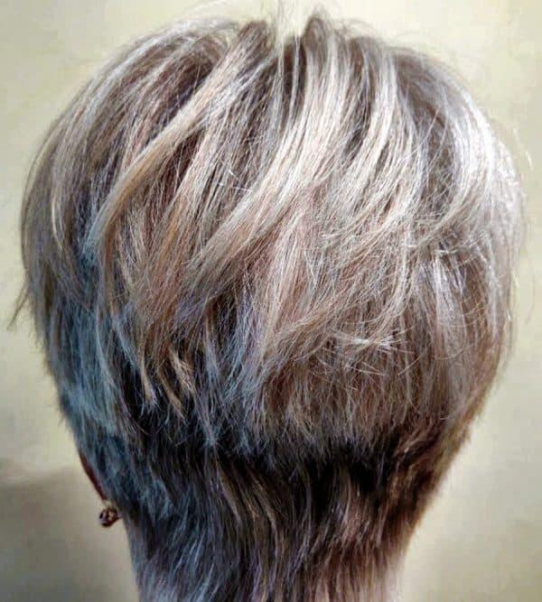 Многослойный боб и другие стрижки , придающие объем волосам