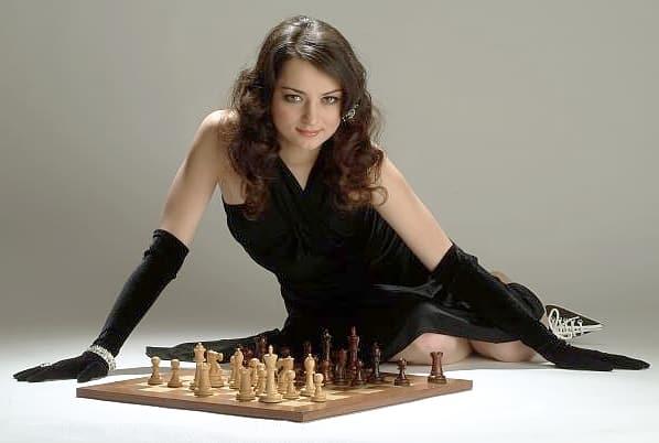 Российская шахматная королева – о короне, сериалах, кино и книгах