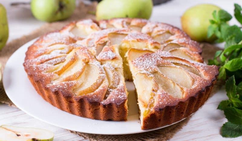 Вкусных выходных!: 13 отличных рецептов пирогов с грушами на ваш выбор и крамбл
