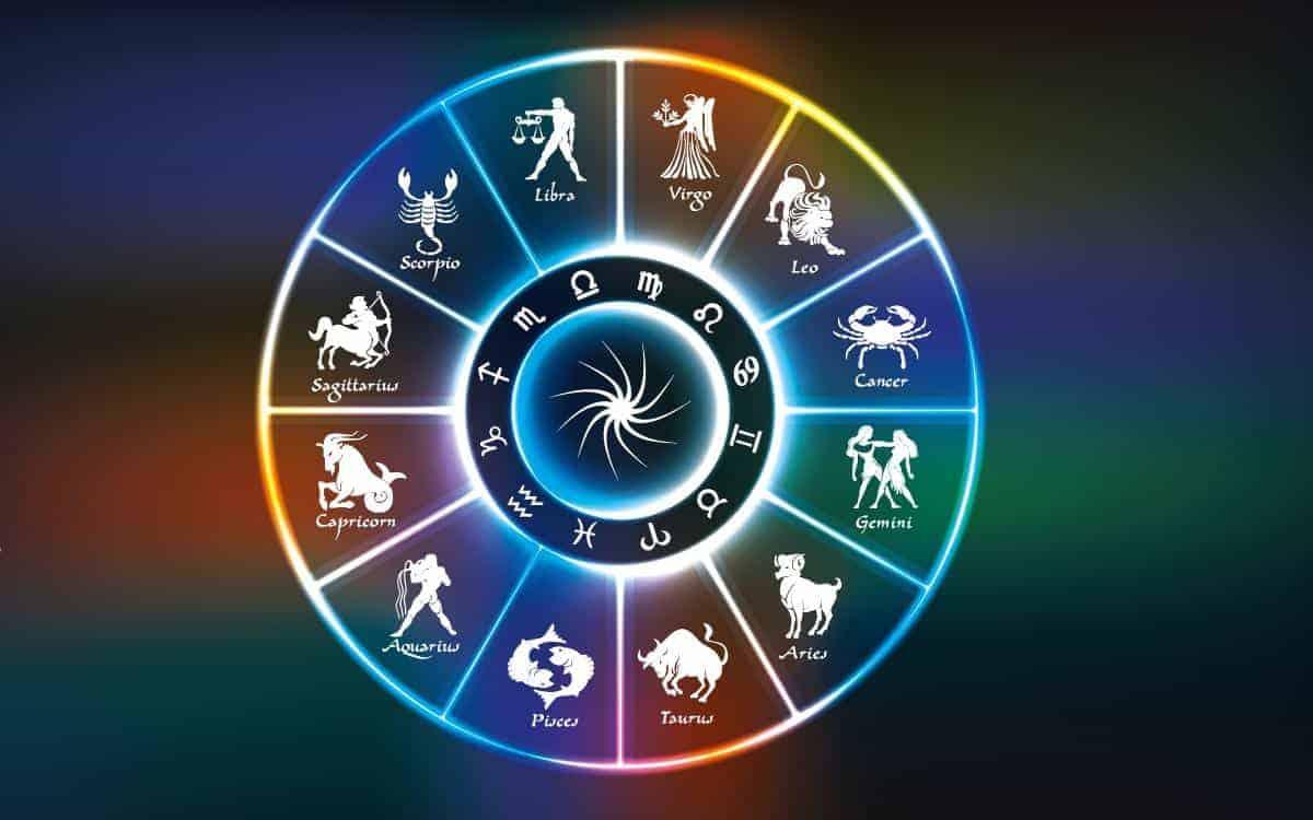 Павел Глоба назвал 4 знака Зодиака, для которых в октябрь 2021 года станет совсем удачным месяцем