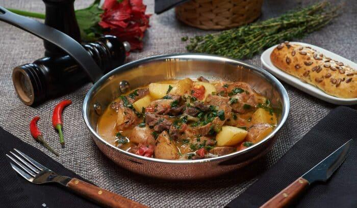 5 рецептов блюд из свиного и говяжьего языка, которые удивят неповторимым вкусом