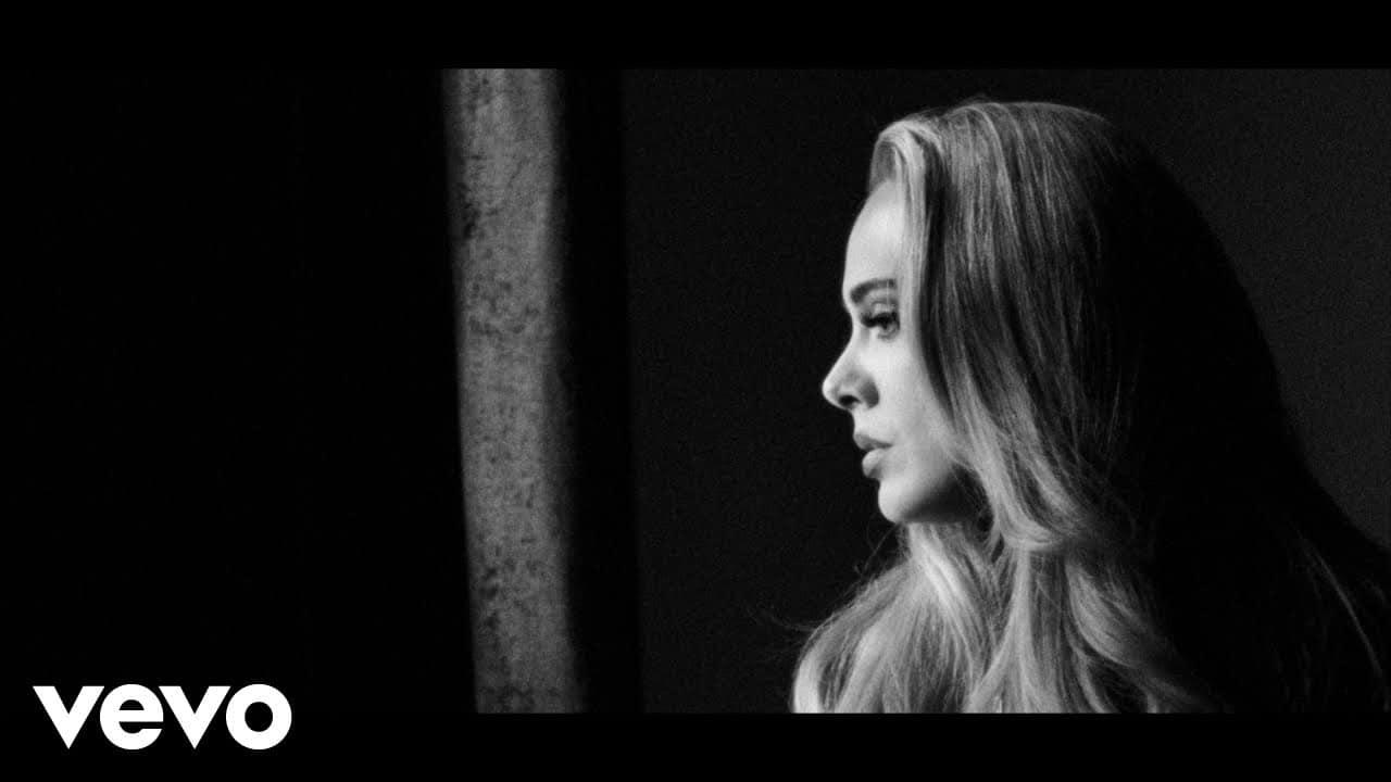 Новая песня Adele «Easy On Me», опубликованная вчера ночью, набрала уже 14 млн. просмотров